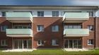 Ganzglasgeländer mit Milchglas - Balkone Mehrfamilienhaus